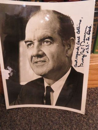 GEORGE MCGOVERN INSCRIBED PHOTOGRAPH. George McGovern