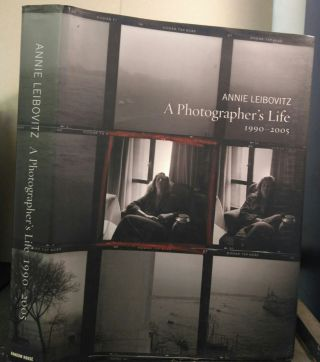 A PHOTOGRAPHER'S LIFE, 1990-2005 [INSCRIBED]. Annie Leibovitz